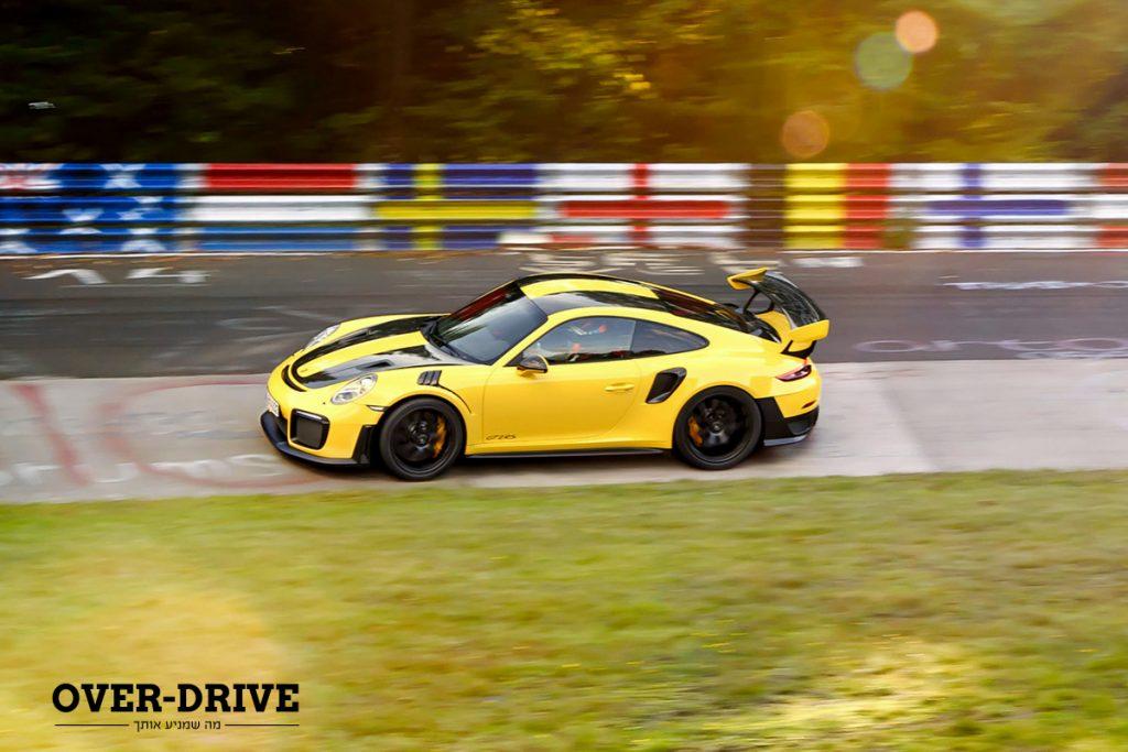 פורשה 911 GT2 RS