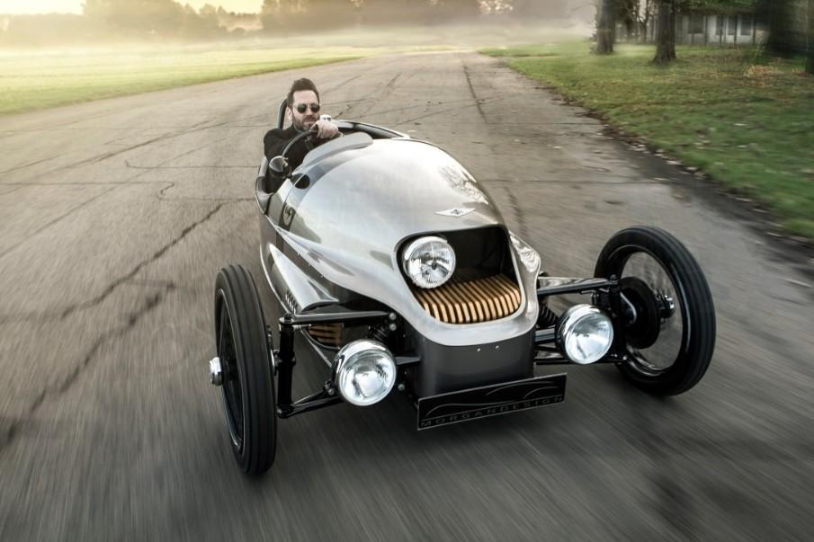 מכונית חשמלית